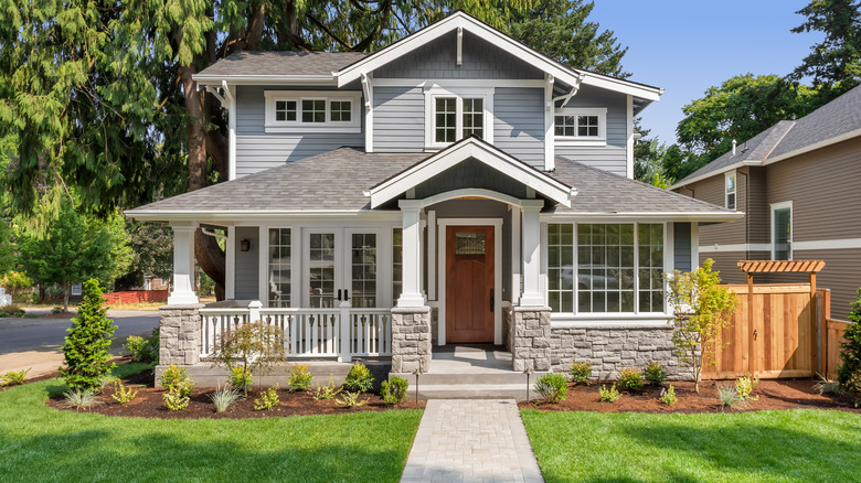 front lawn house