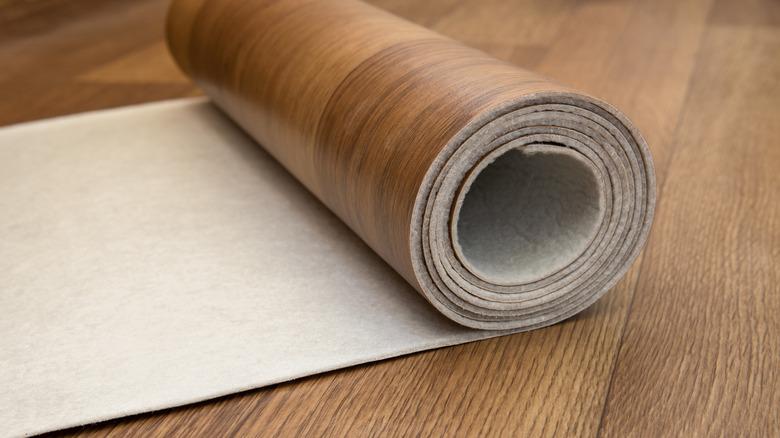 brown linoleum floor roll