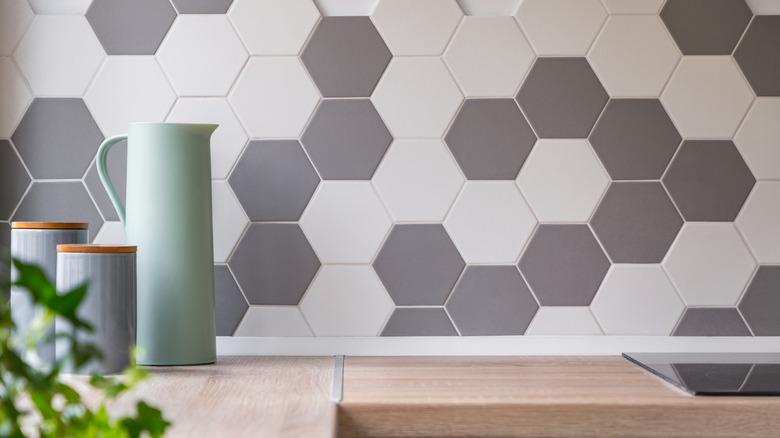 kitchen backsplash with tile