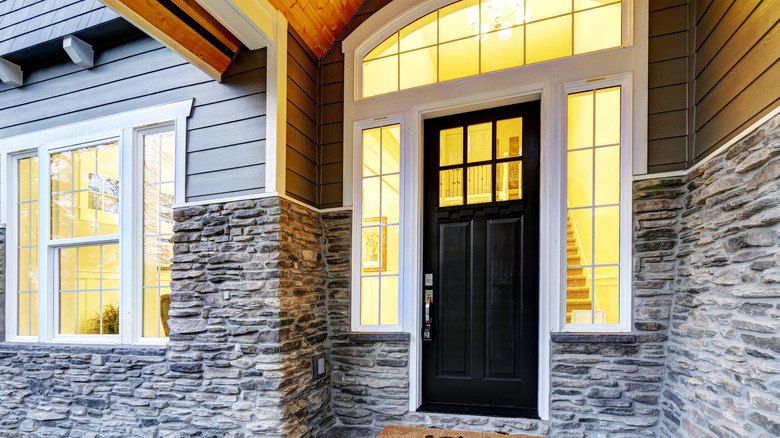 transom window front porch